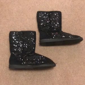 Faux - ugg *sequins* wet seal boots
